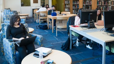 photo of LSER students in library